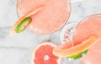 Dry January: Paloma Fizz Mocktail met rozemarijn siroop
