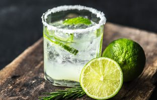 Margarita: Zo maak je de Mexicaanse cocktail zelf klaar!