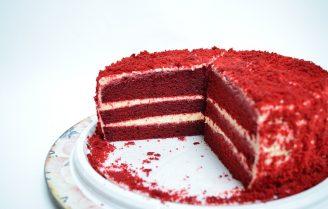 Red velvet cake met rode biet en kwark
