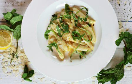 Gnocchi met witte truffelsaus en Parmezaanse kaas