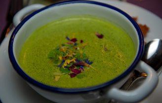 Verrassend lekkere pastinaak en bloemkool soep